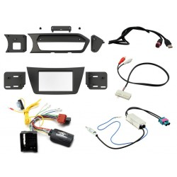 Kit Interface Comando Volante , Marco Adaptador, Adaptador Antena e interface USB AUXMercedes Benz Clase C